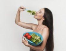 Витамины для девушек: какие выбрать