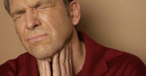 Болит в горле